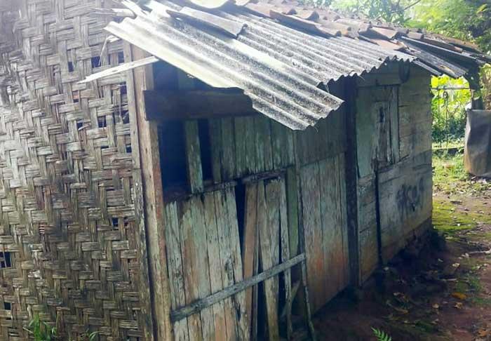 Duh! Di Pusat Kabupaten Tangerang, Masih ada Janda 4 Orang Anak Tinggal Di Rumah Yang Hampir Ambruk
