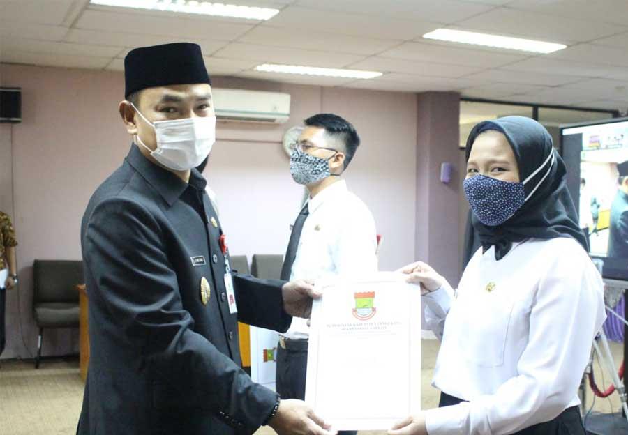 Wakil Bupati Tangerang Serahkan Petikan SK kepada 442 Calon Pegawai Negeri Sipil