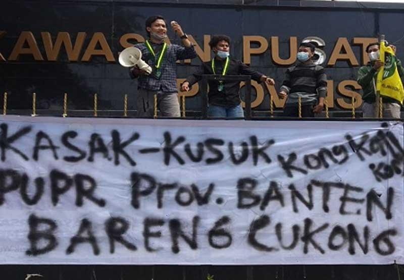 Mahasiswa Tuding Dinas PUPR Banten Kongkalingkong Proyek Besar
