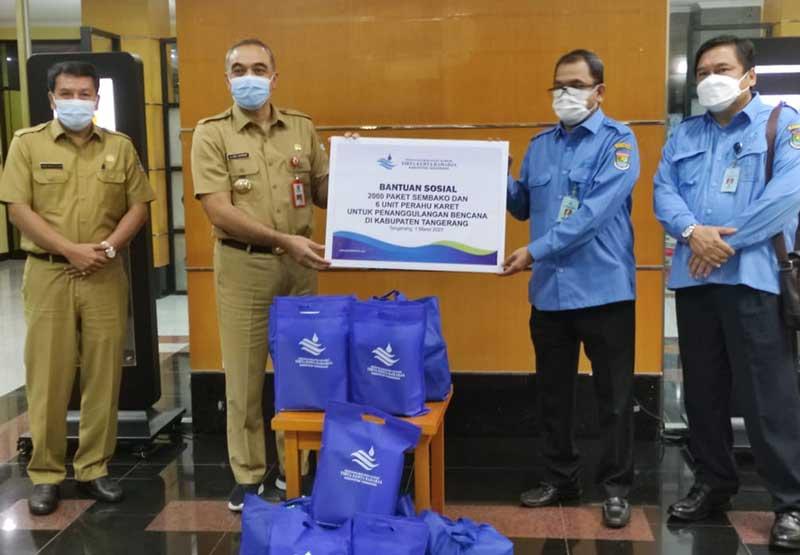 Bupati Tangerang Terima Bantuan CSR dari Perumdam TKR