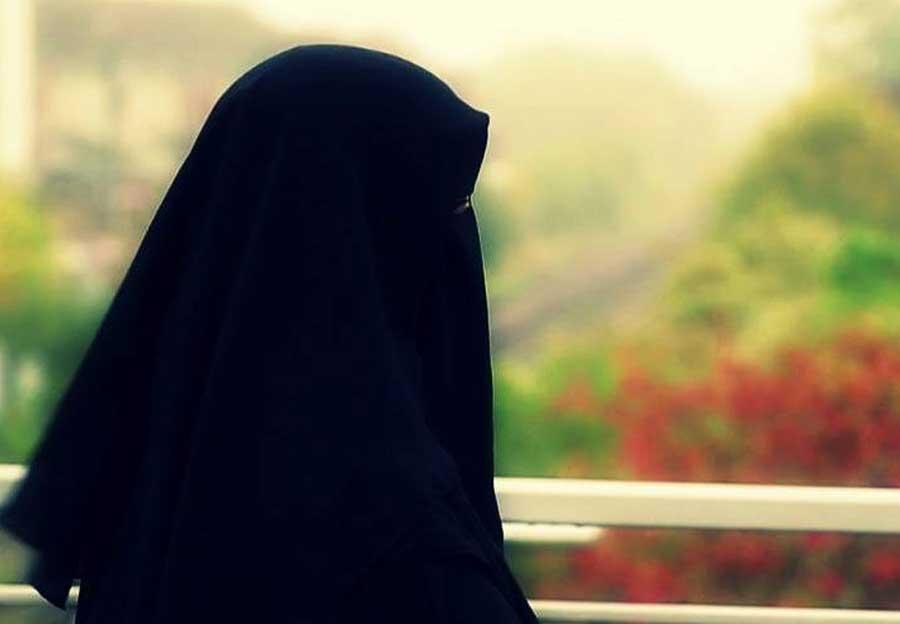 Islam Memuliakan Perempuan
