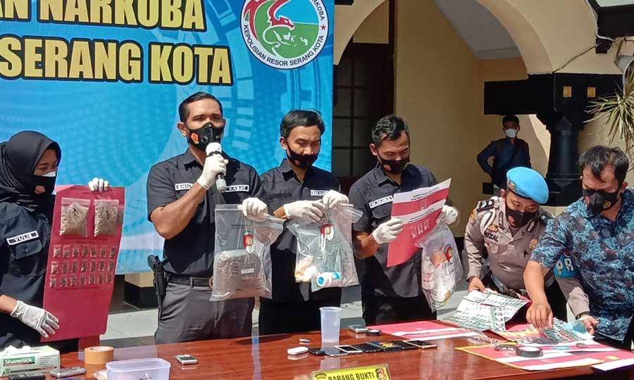 Polres Serang Kota Tangkap 51 Tersangka Narkoba, Salah satunya Pembuat Tembakau Gorila Rumahan