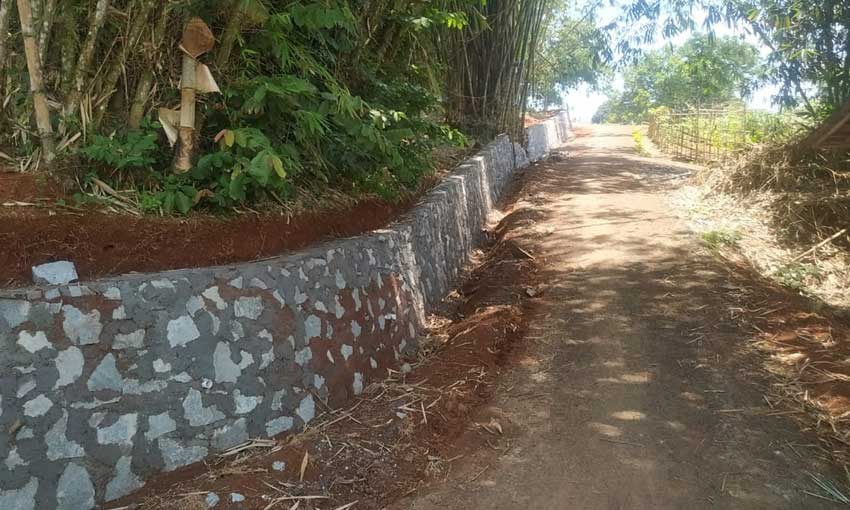 Proyek TPT Siluman Muncul di Kelurahan Kadu Agung