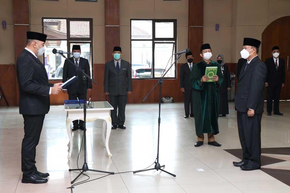 Bupati Tangerang Lantik Direktur Umum Perumdam Tirta Kerta Raharja