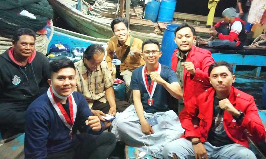 Hari Nelayan Nasional, GMNI Kabupaten Tangerang Kunjungi Nelayan Pesisir Tangerang Utara