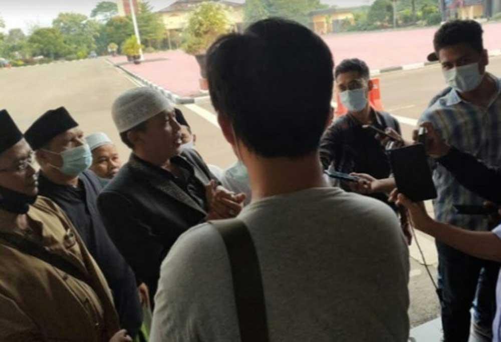Datangi Mapolda Banten, Puluhan Pimpinan Ponpes di Kabupaten Serang Tak Terima Disebut Fiktif