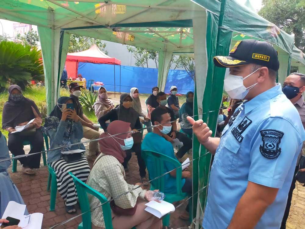 Bupati Zaki Monitoring Vaksin di Waterboom Batavia Splash