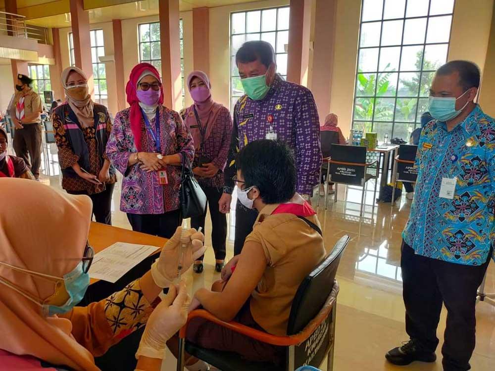 Dukung Langkah Pemkab Tangerang, Kwartir Cabang Gerakan Pramuka Kabupaten Tangerang Gelar Vaksinasi Massal
