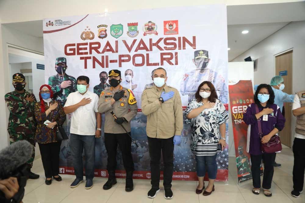 Polresta Tangerang Kawal Kegiatan Vaksinasi di Primaya Hospital Pasar Kemis