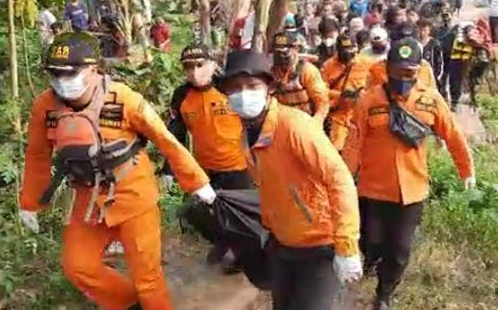 Tim SAR Gabungan Temukan Bocah Tenggelam Didanau Bekas Galian Pasir Cikupa Dalam Keadaan Meninggal
