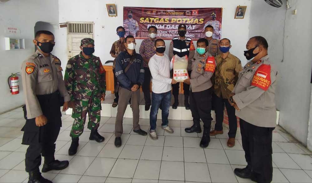 Warga Desa Pasirnangka Tigaraksa Dapat Bantuan Sembako dari Polresta Tangerang