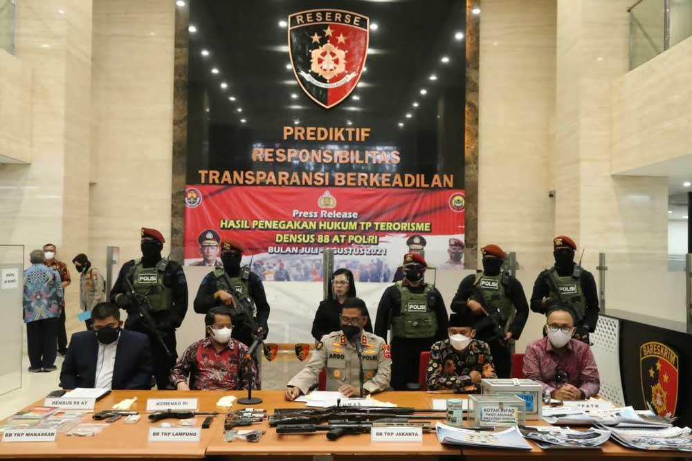 Polri Ungkap 53 Terduga Teroris di 11 Provinsi