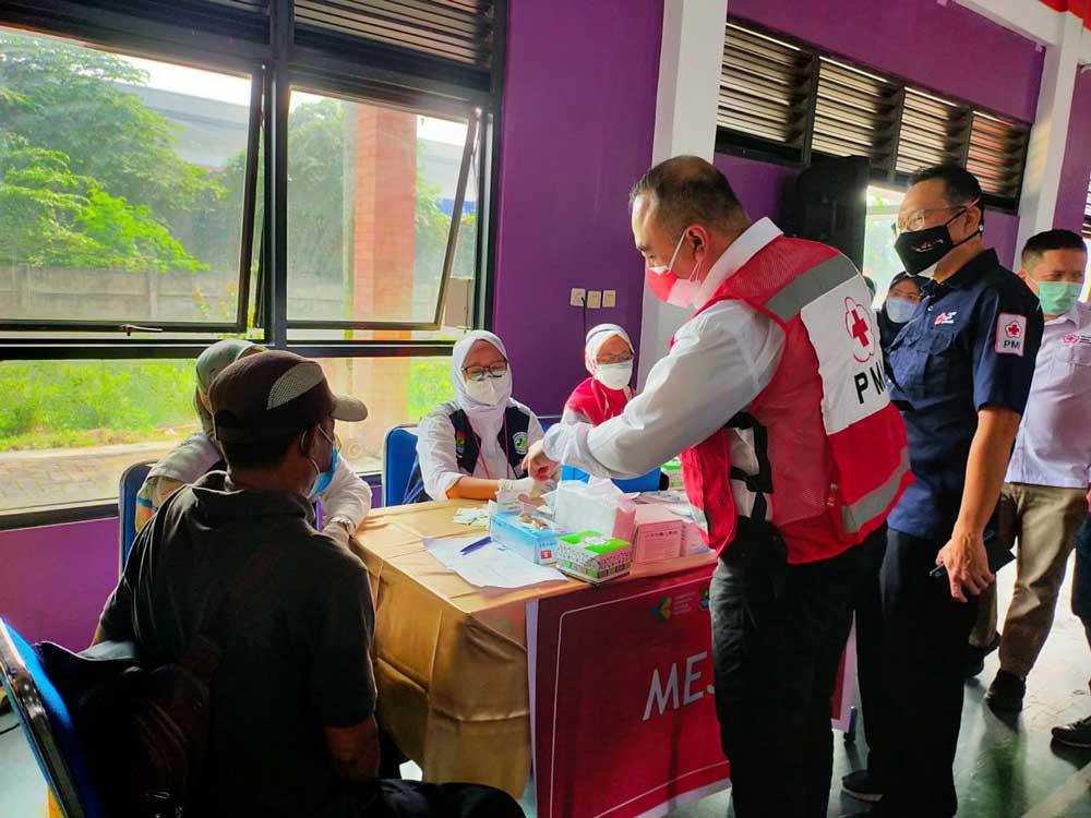 Bupati Tangerang Tinjau vaksinasi Pfizer PMI Kabupaten Tangerang