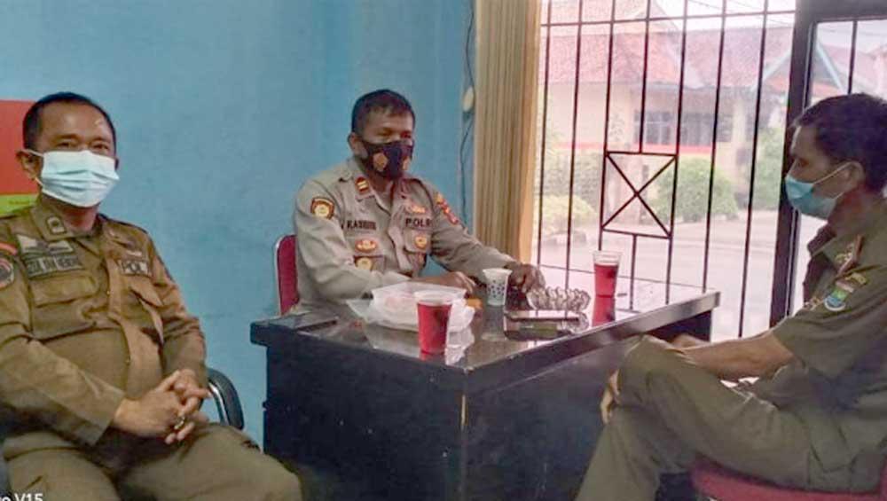 Jalin Sinergitas dan Silaturahmi dengan Kasi Trantib, Wakapolsek Tigaraksa Sambangi Kantor Kecamatan Tigaraksa